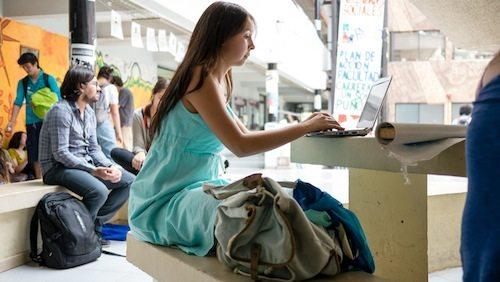intro-student+laptop-1